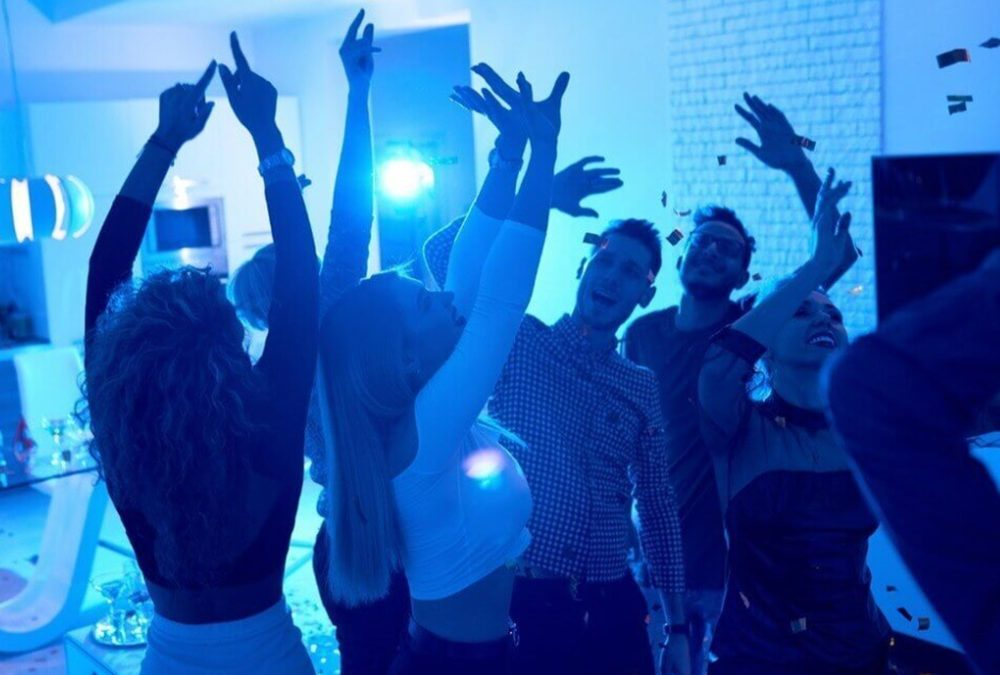 Why You Need to Use Dance Floor Lighting at Home Parties?